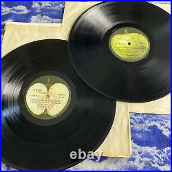 THE BEATLES WHITE ALBUM 1ST US PRESSING No. 0441043 with POSTER & PHOTOS VG++